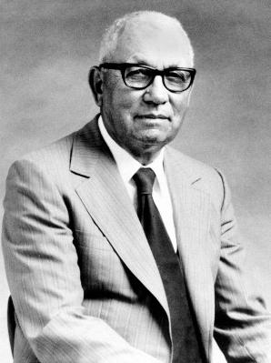 Roy Plunkett - Erfinder des Polytetrafluorethylen (PTFE)Roy Plunkett - Erfinder des Polytetrafluorethylen (PTFE)